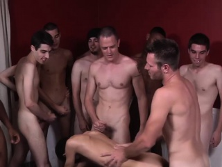 Twink Gets Replete With Facial