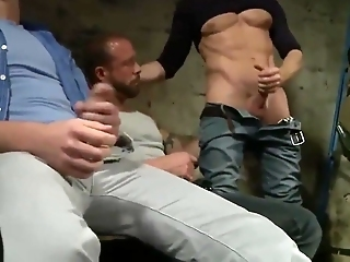 Straight Guys Blowjob Party